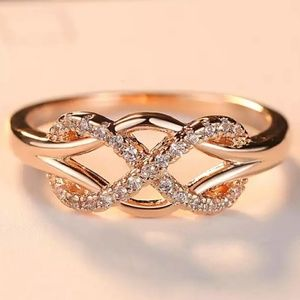 NEW Rose Gold Infinity Cross x Knot Ring